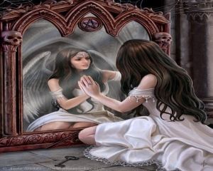 beutiful_girl_watching_in_mirror