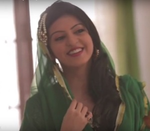 AMRITA PARKASH - SMILING TV ACTRESS