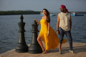 Amy-Jackson-Akshay-Kumar-Singh-Is-Bling