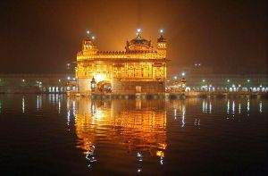 800px-Amritsar-golden-temple-00