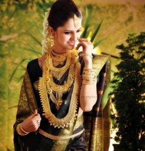 Miss-India-2014-Koyal-rana-bridal-saree