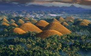chocolate-hills-PHIL