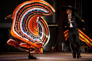traditional mexican dance performance dress
